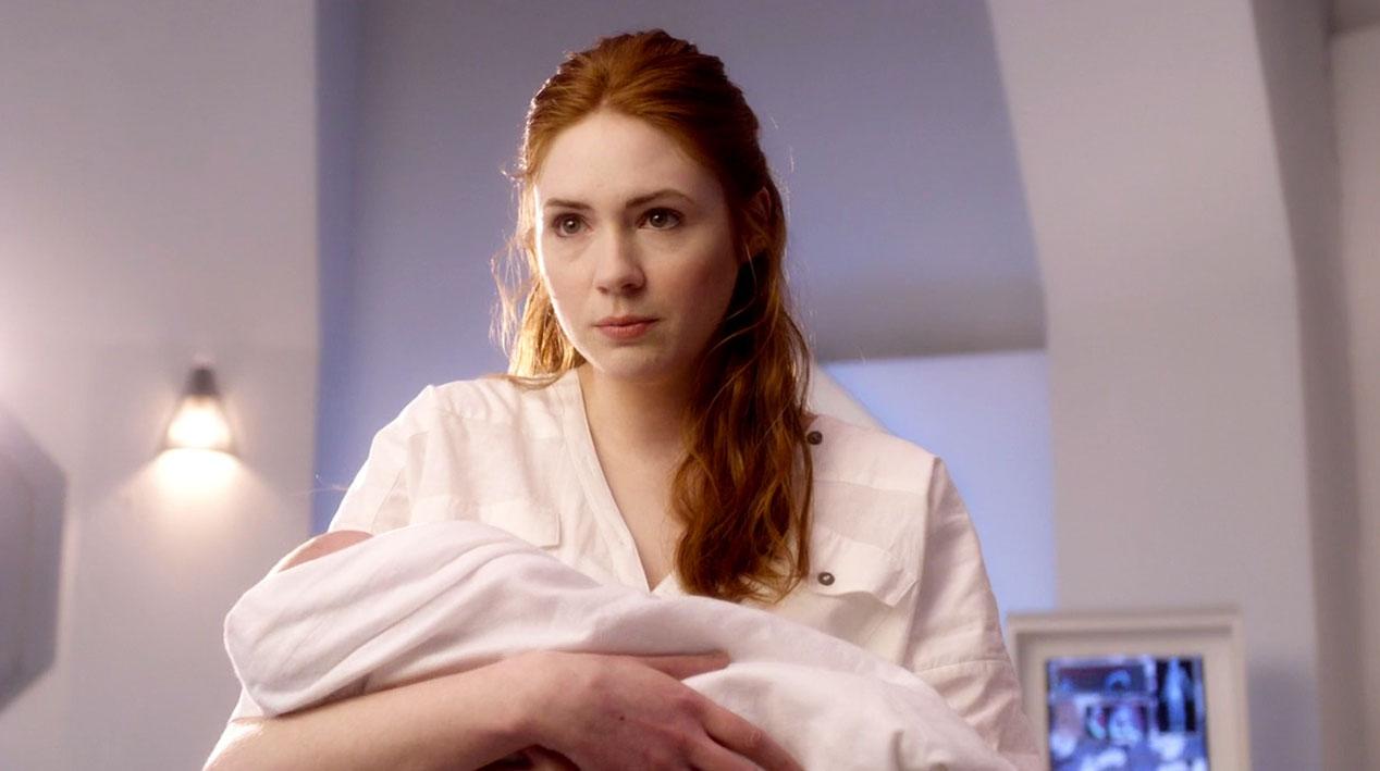 Amy-Pond-(Karen-Gillan)-in-A-Good-Man-Goes-to-War