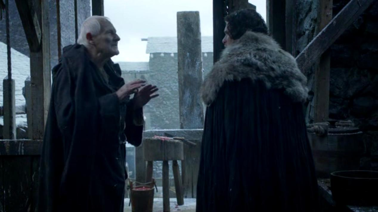 Maester Aemon (Peter Vaughan) and Jon Snow (Kit Harington) in BAELOR