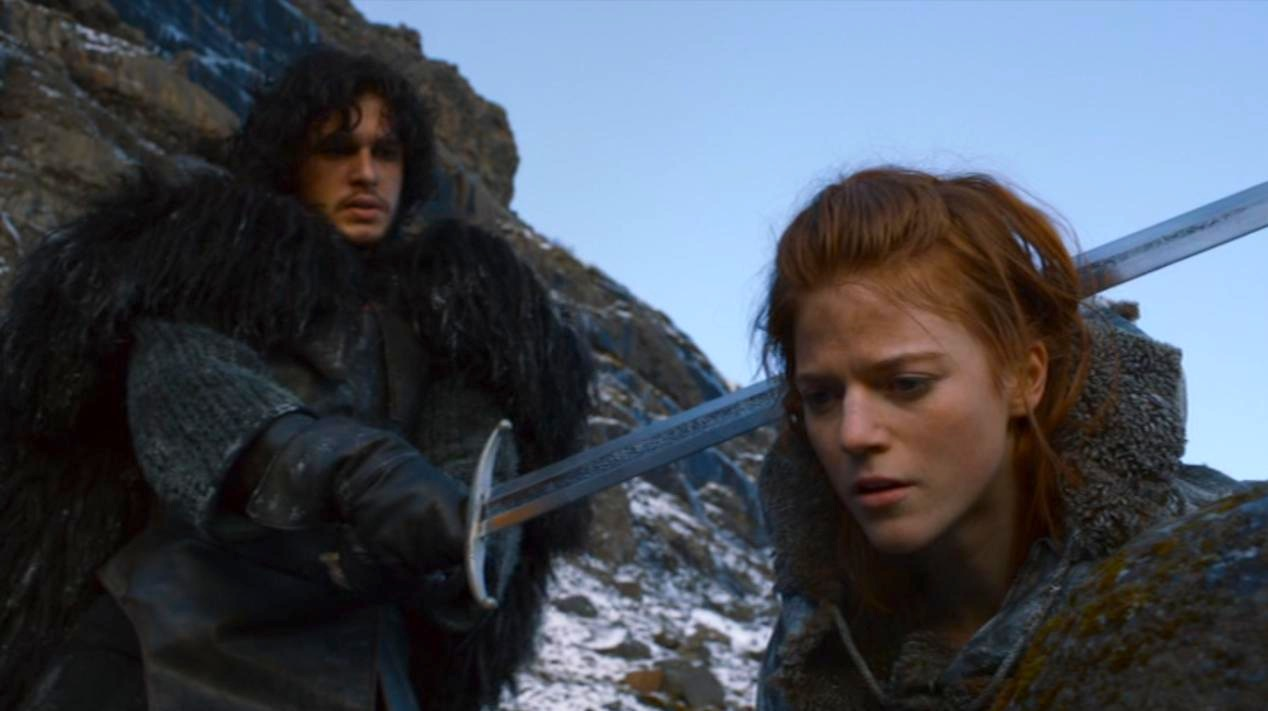 Jon Snow (Kit Harington) and Ygritte (Rose Leslie) in GOT 206