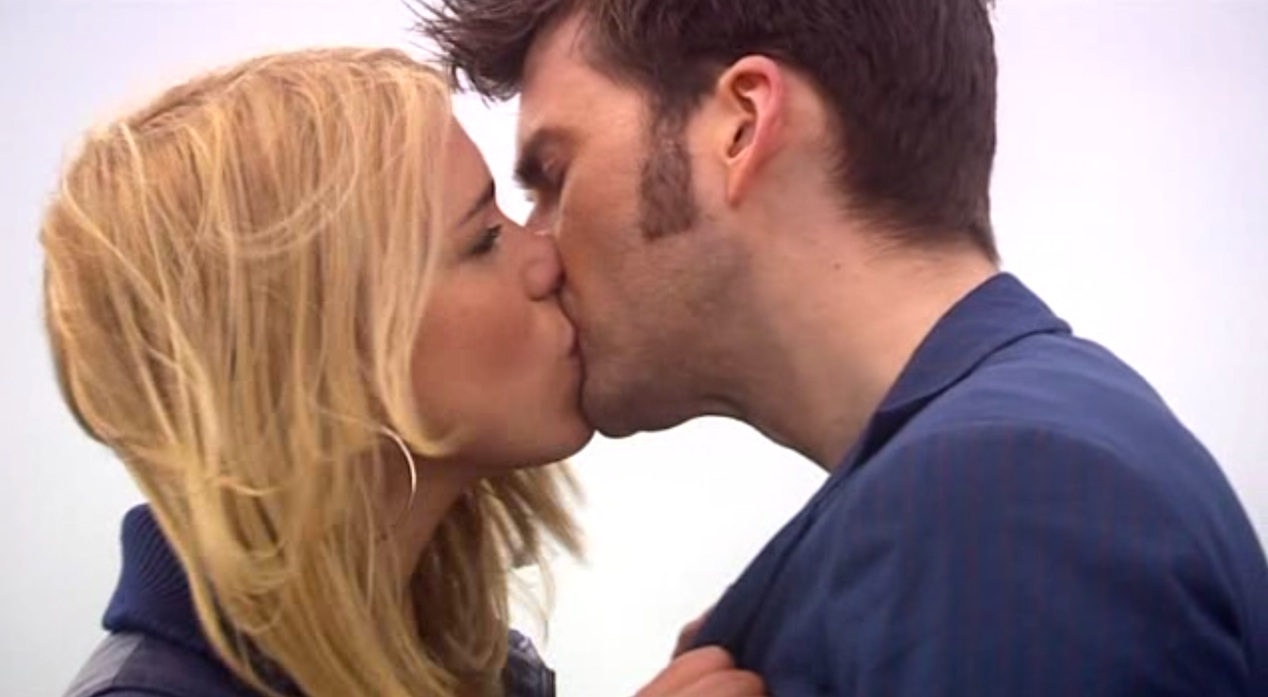 Rose (Billie Piper) and the Doctor (David Tennant) in JOURNEY'S END