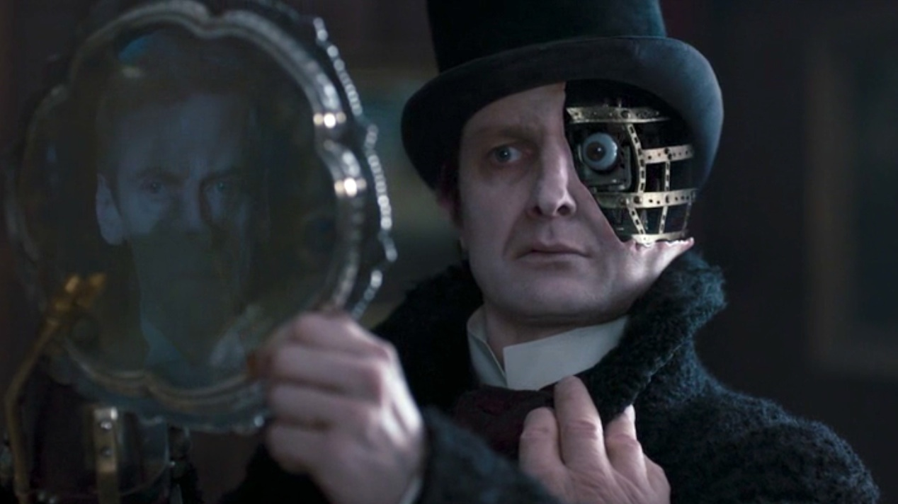 The Doctor (Peter Capaldi) and the Half-Face Man (Peter Ferdinando) in DEEP BREATH