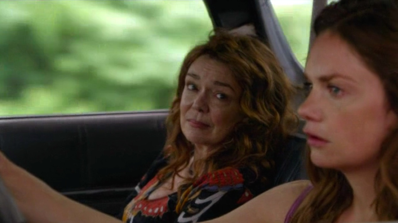 Deirdre O'Connell and Ruth Wilson in THE AFFAIR 1x05
