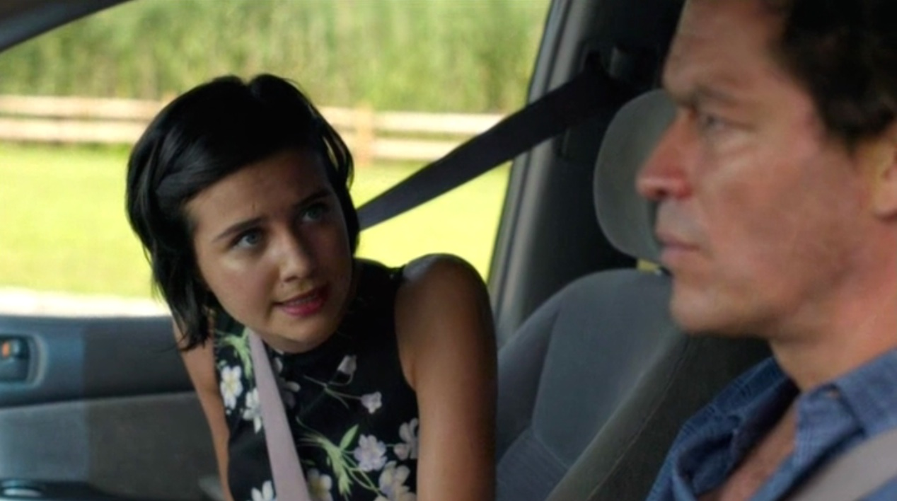 Julia Goldani Telles and Dominic West in THE AFFAIR 1x05