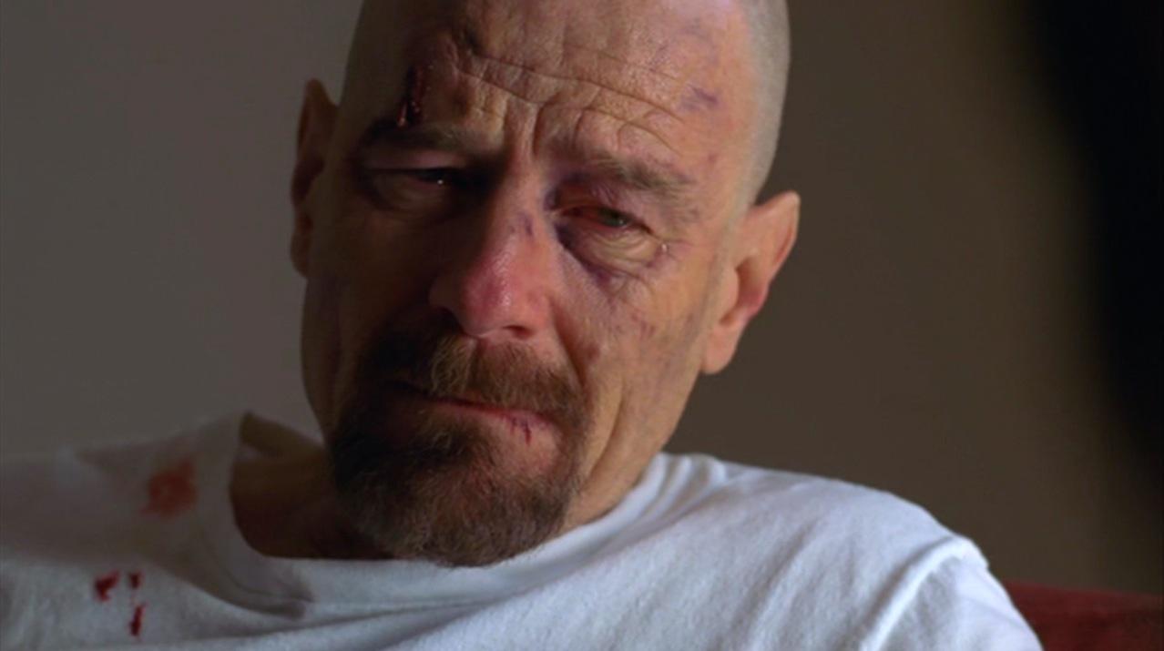 Walt (Bryan Cranston) in SALUD
