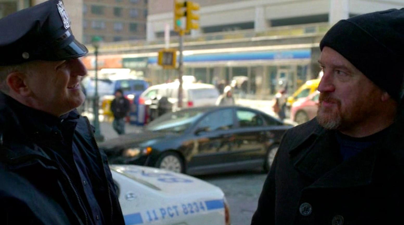 LOUIE 5x03 - Cop Story
