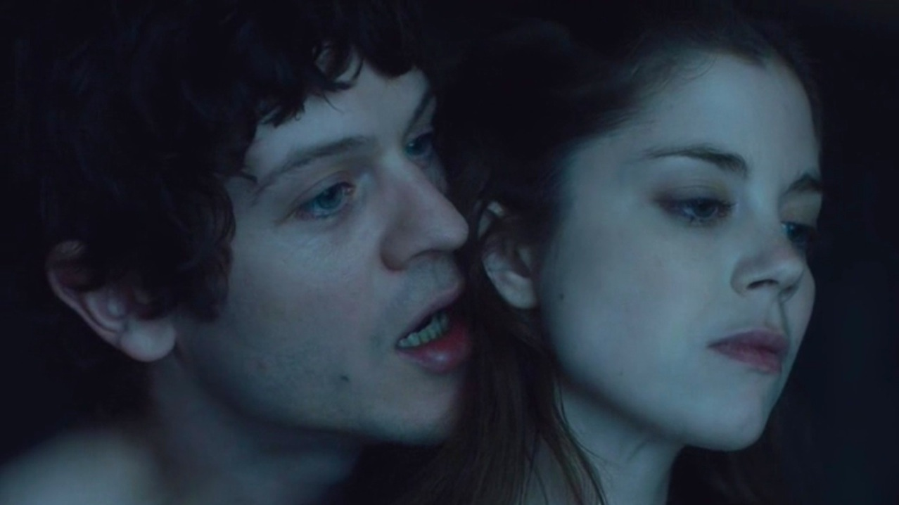 Ramsay (Iwan Rheon) and Myranda (Charlotte Hope)