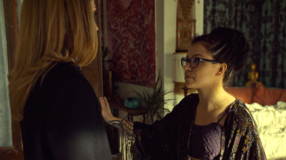 Delphine and Cosima in Orphan Black 3x07