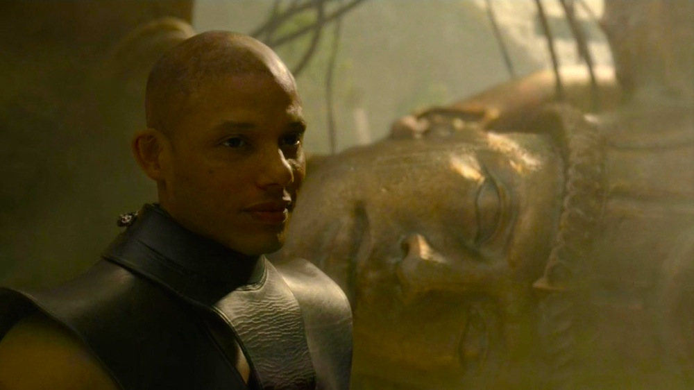 White Rat (Marcos James) and the Harpy in Game of Thrones 5x01