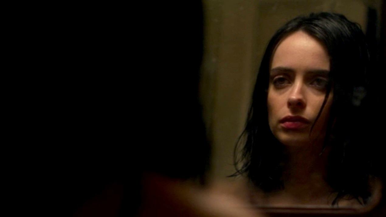 Jessica Jones (Krysten Ritter) in AKA Crush Syndrome