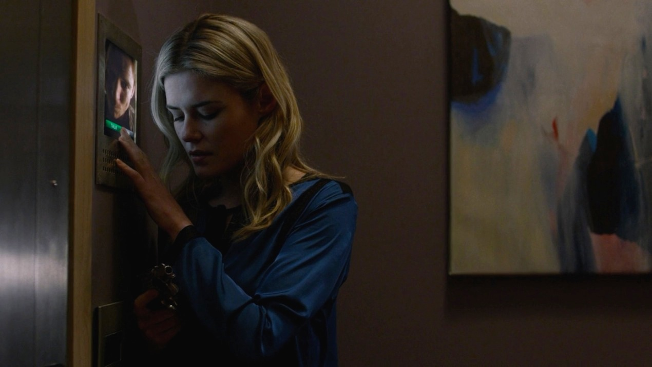 Wil Traval and Rachael Taylor in AKA 99 Friends