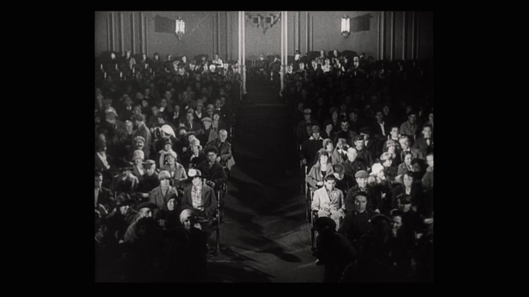 The Audience in Man with a Movie Camera