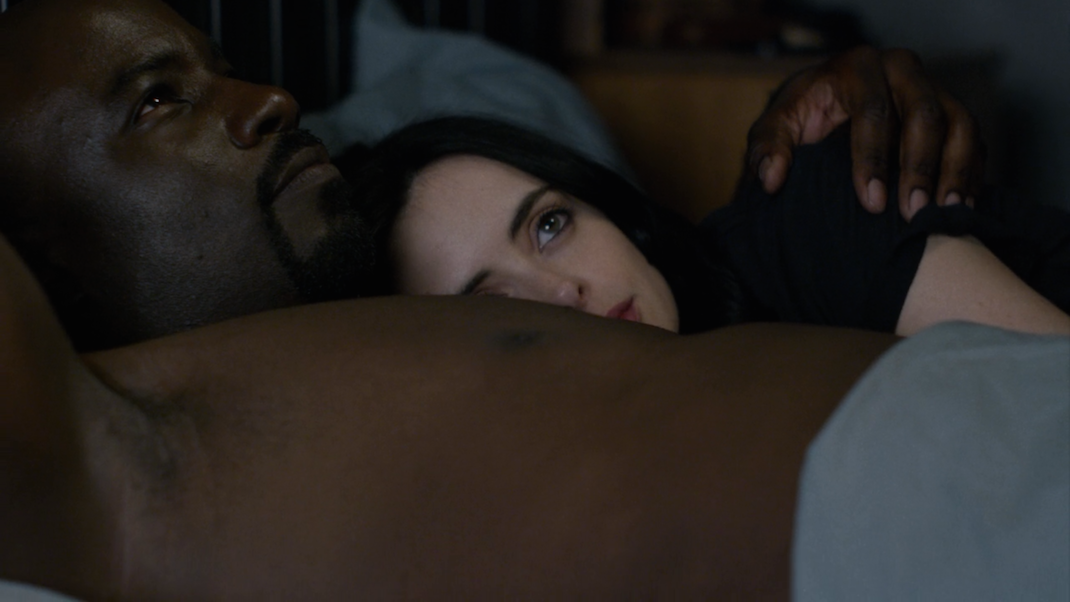 Luke (Mike Colter) and Jessica (Krysten Ritter) in AKA You're a Winner