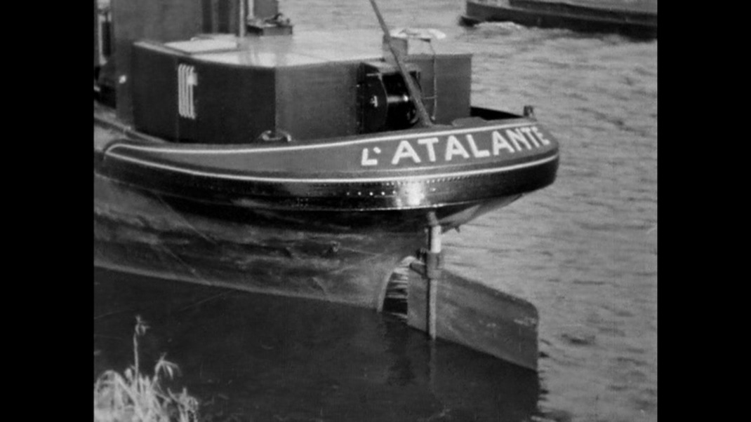 the-barge-latalante