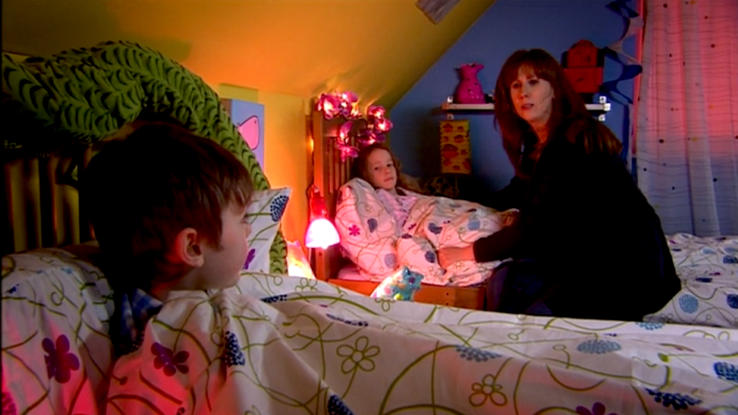 Donna (Catherine Tate) and her children in Forest of the Dead