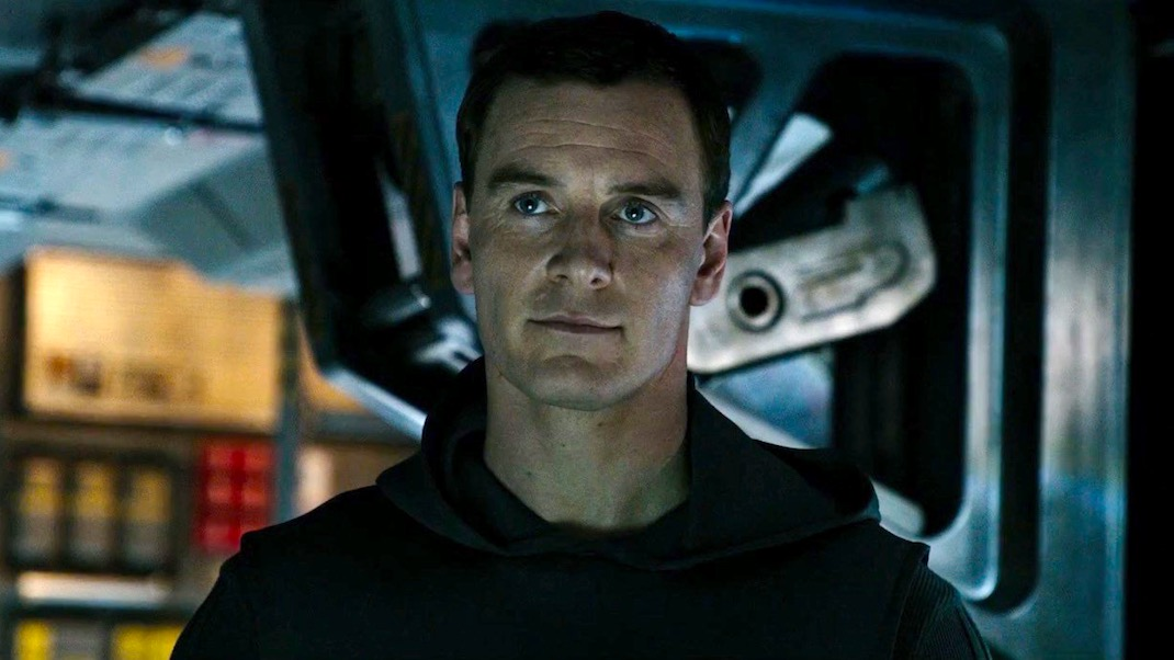 Michael Fassbender in ALIEN COVENENT