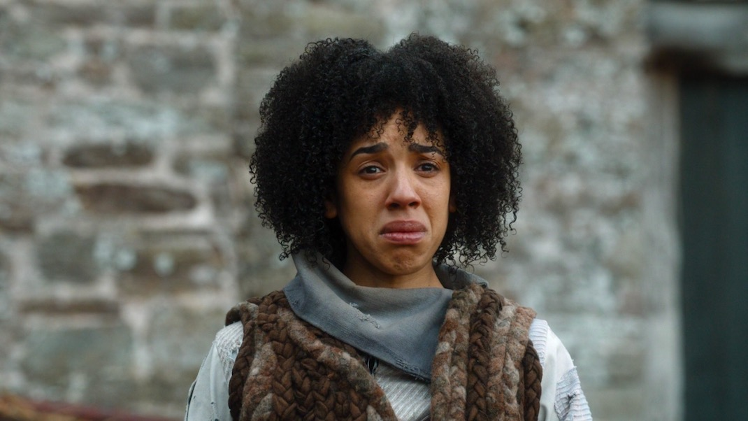 Bill (Pearl Mackie) in The Doctor Falls