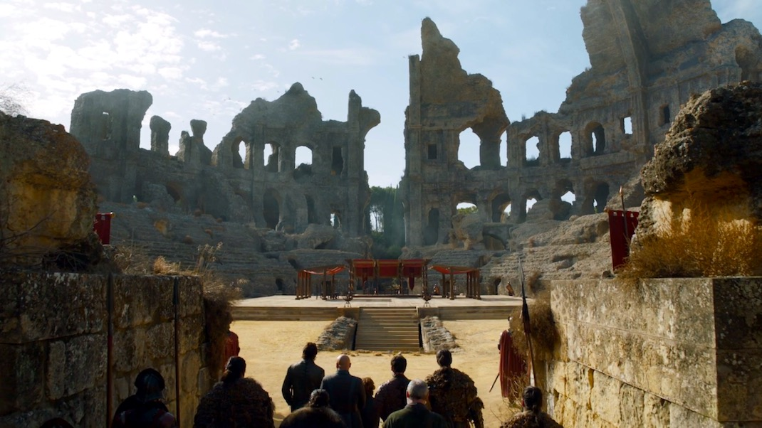The Dragon Pit in GOT 7x07 - The Dragon and the Wolf