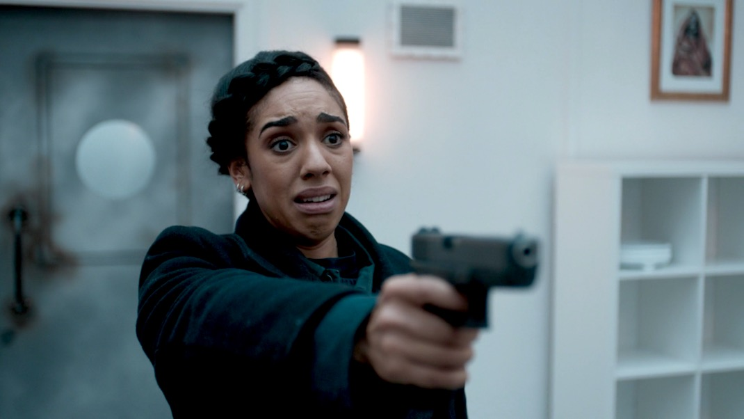 Pearl Mackie in Doctor Who 10x08 - The Lie of the Land