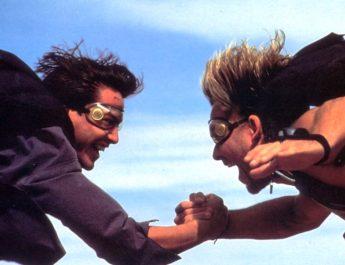Keanu Reeves and Patrick Swayze in POINT BREAK (1991)