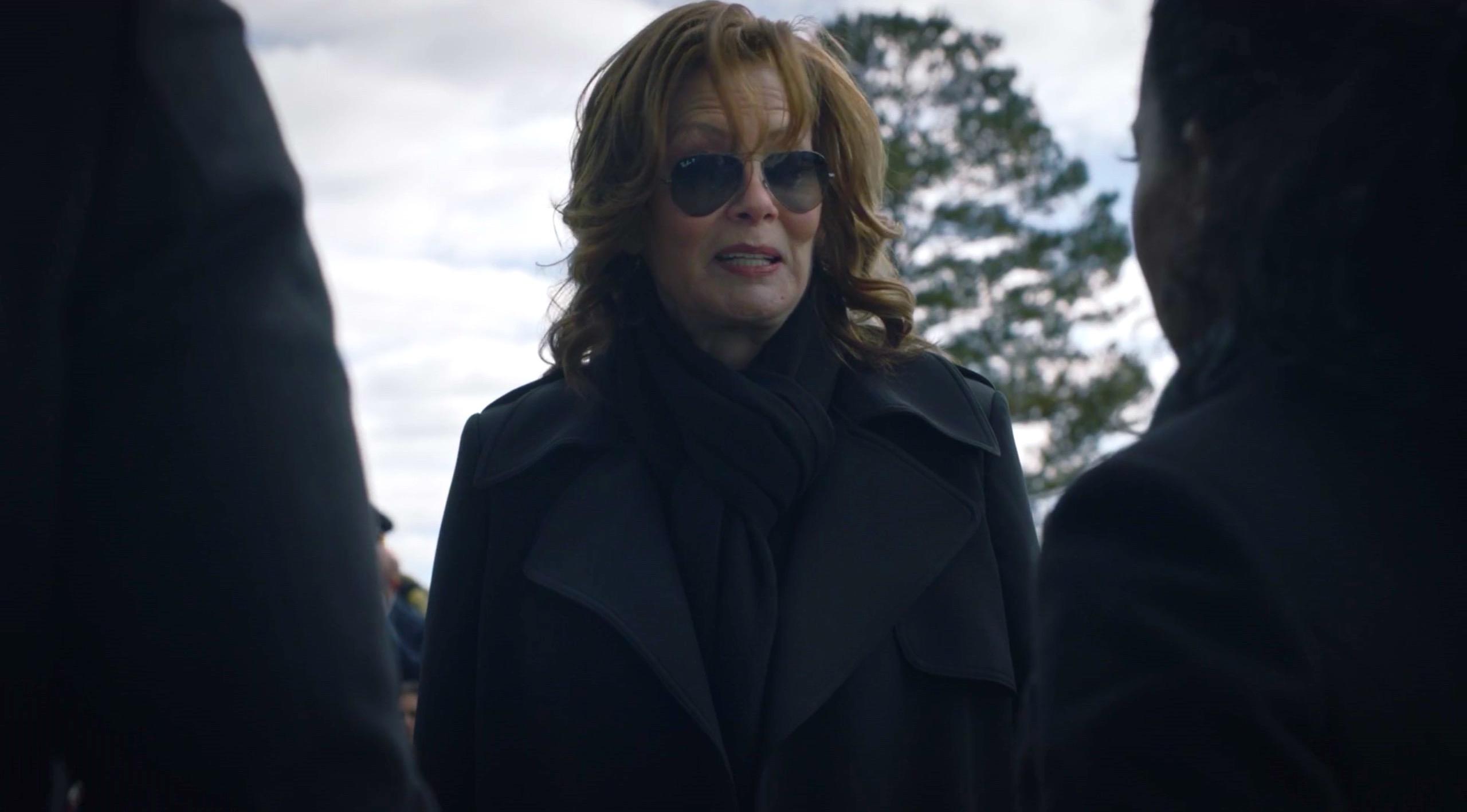 Jean Smart and Regina King in WATCHMEN 1x03