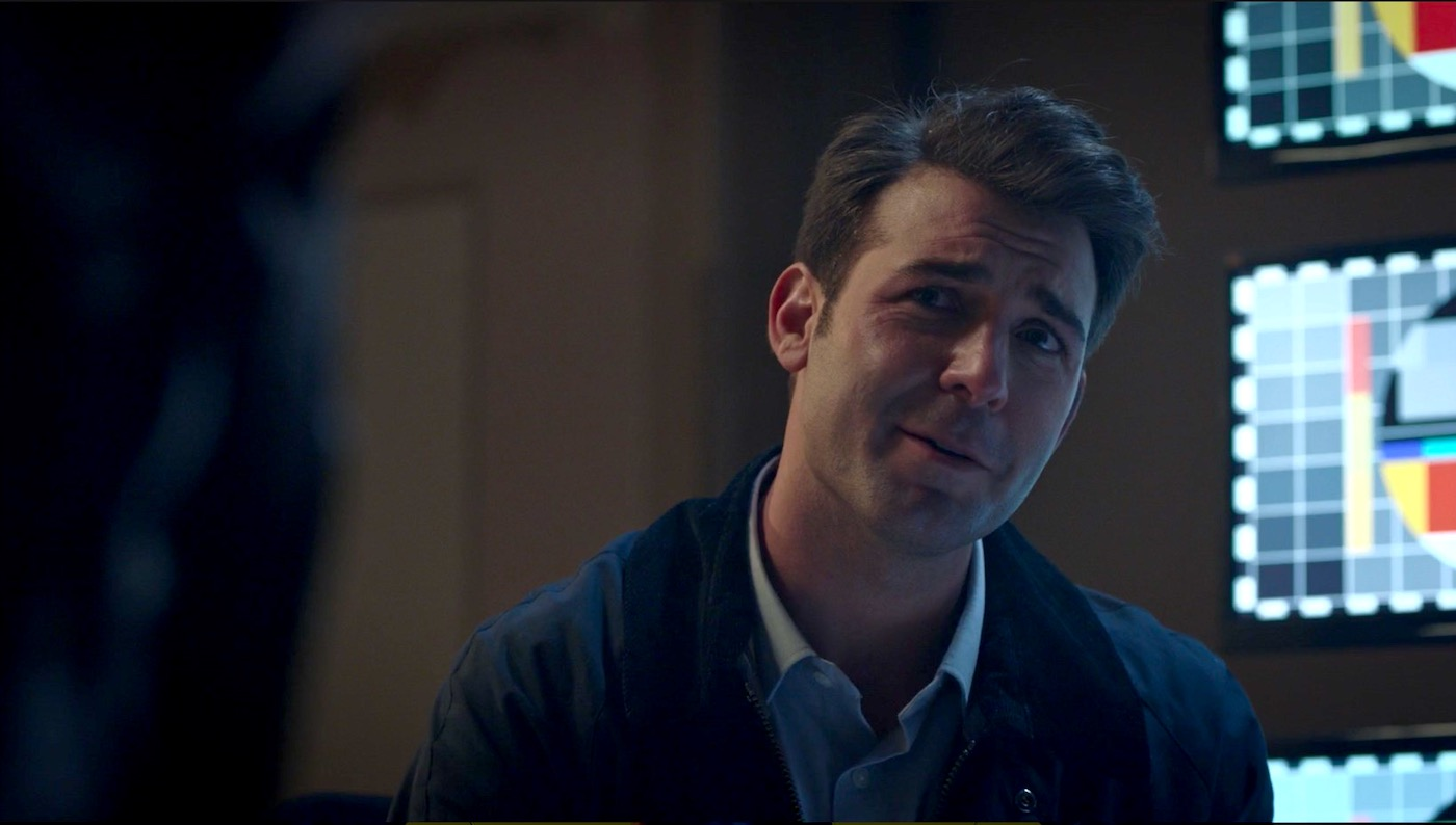 Senator Keane (James Wolk) in WATCHMEN 1x05