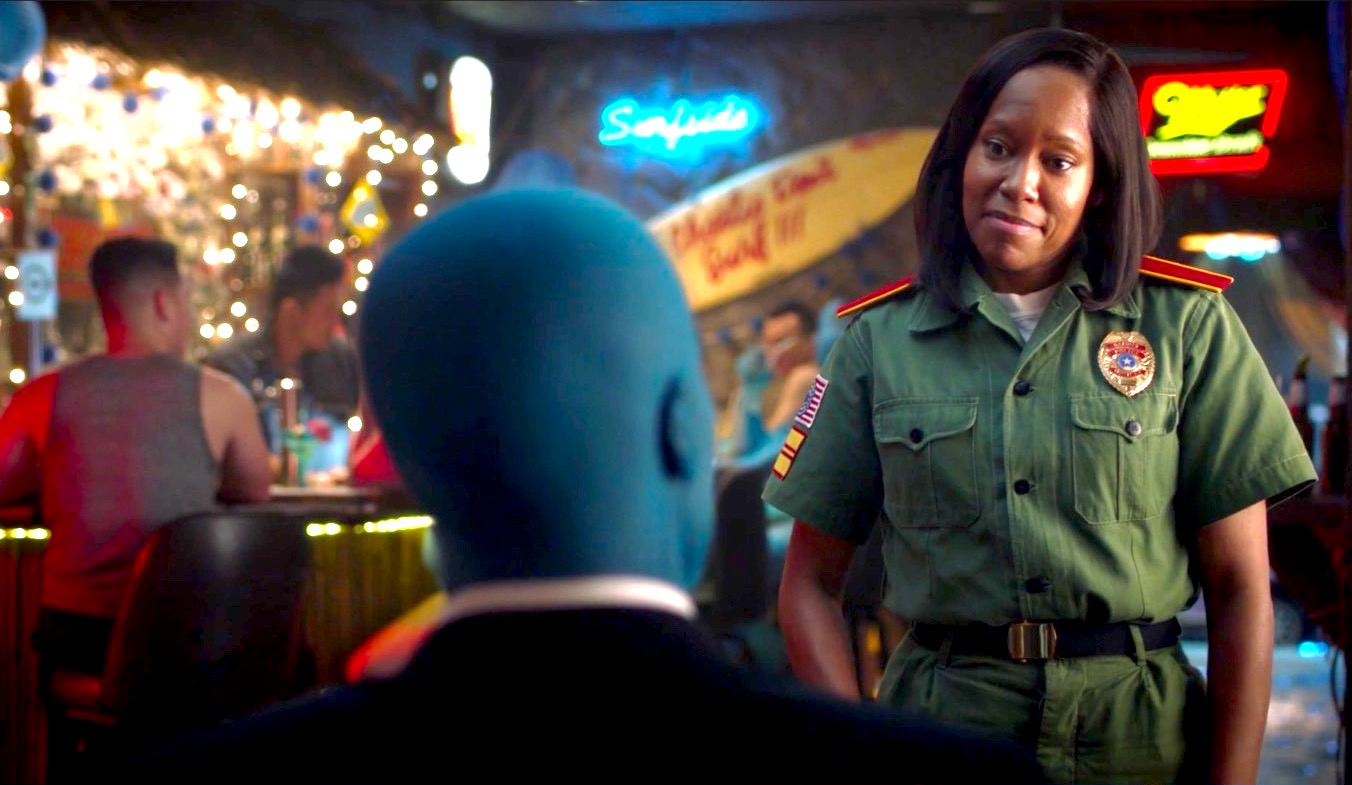 Yahya Abdul-Mateen II and Regina King in WATCHMEN 1x08