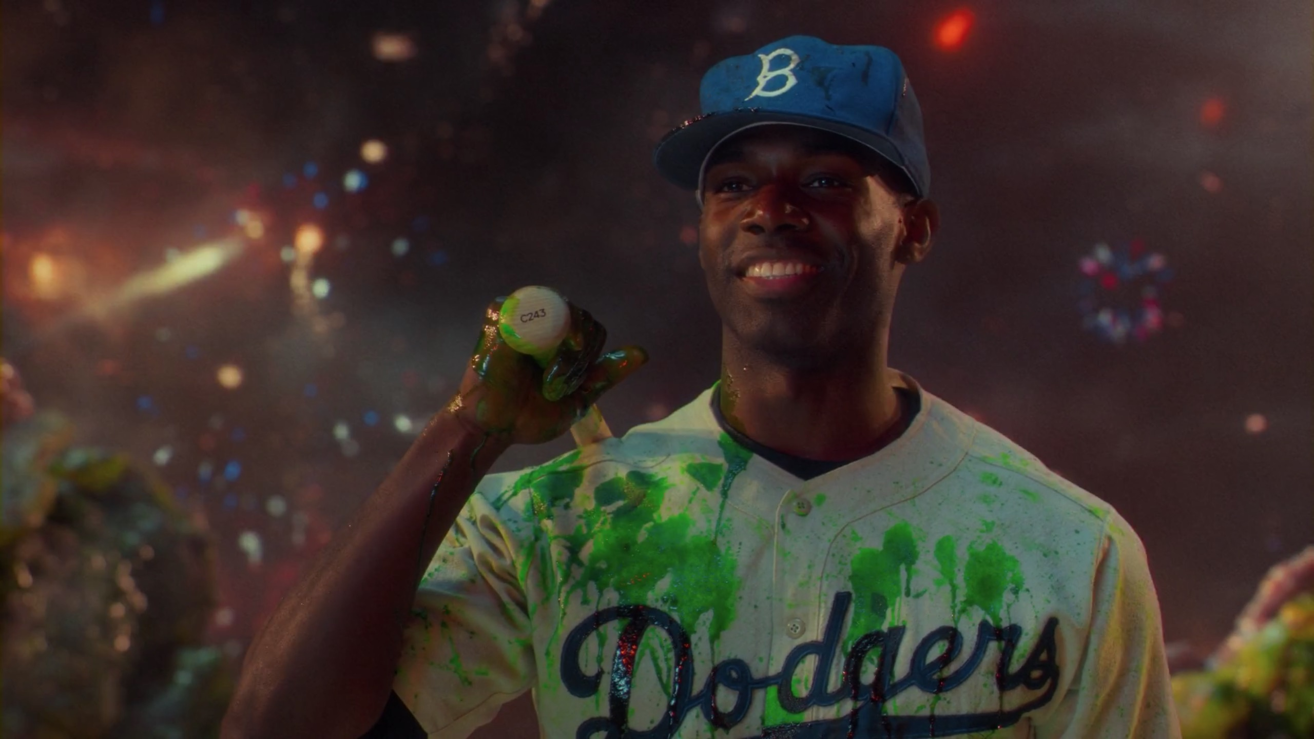 Jackie Robinson in Lovecraft Country 1x01