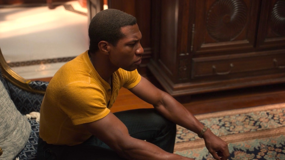 Jonathan Majors in LOVECRAFT COUNTRY 1x02 - Whitey's on the Moon