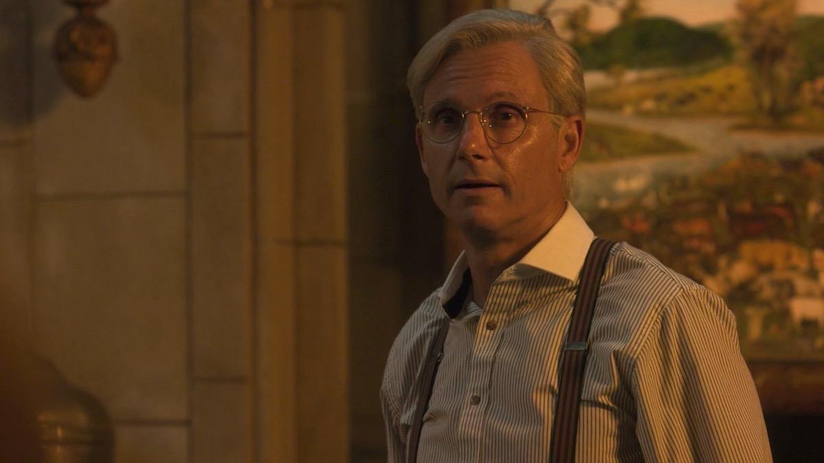 Tony Goldwyn in LOVECRAFT COUNTRY 1x02