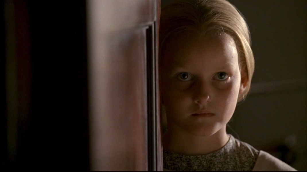 Sofia in DEADWOOD 1X08 - SUFFER THE LITTLE CHILDREN