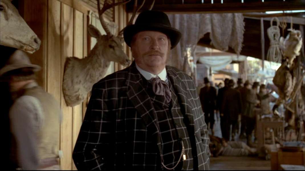 Merrick (Jeffrey Jones) in DEADWOOD 1x10