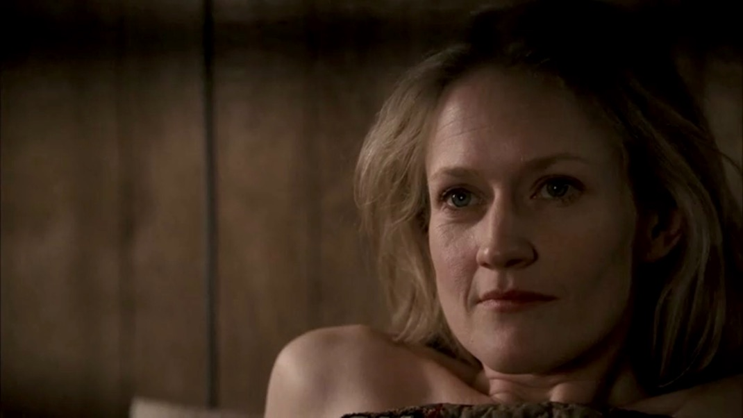 Trixie (Paula Malcomson) in DEADWOOD 1x09 - No Other Sons or Daughters