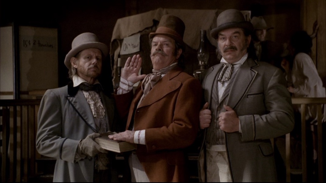 William Sanderson, Peter Jason, and Leon Rippy in DEADWOOD 1x11 - Jewel's Boot is Made for Walking