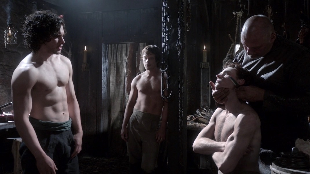 Jon, Theon, and Robb at the Barber's in GOT 1x01